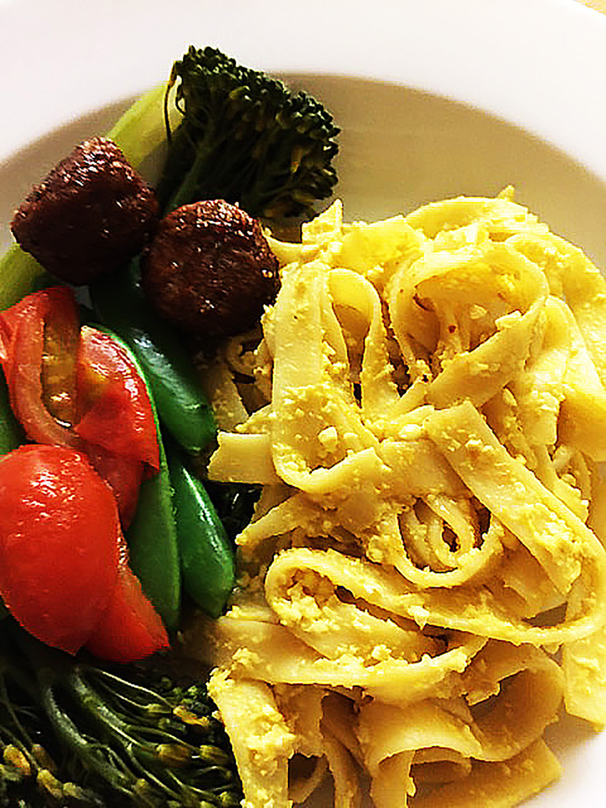 Lemony Thick Pasta Tossed with Eggless Egg
